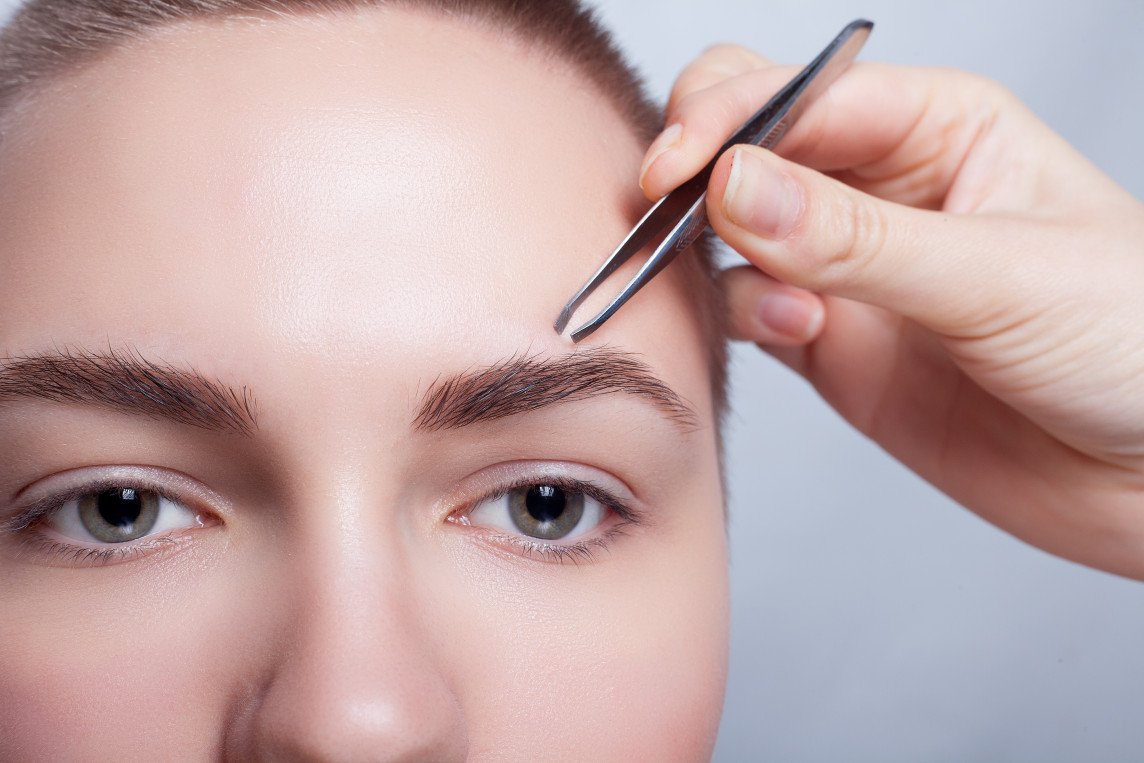 Как сделать брови выразительнее духи eve alluring