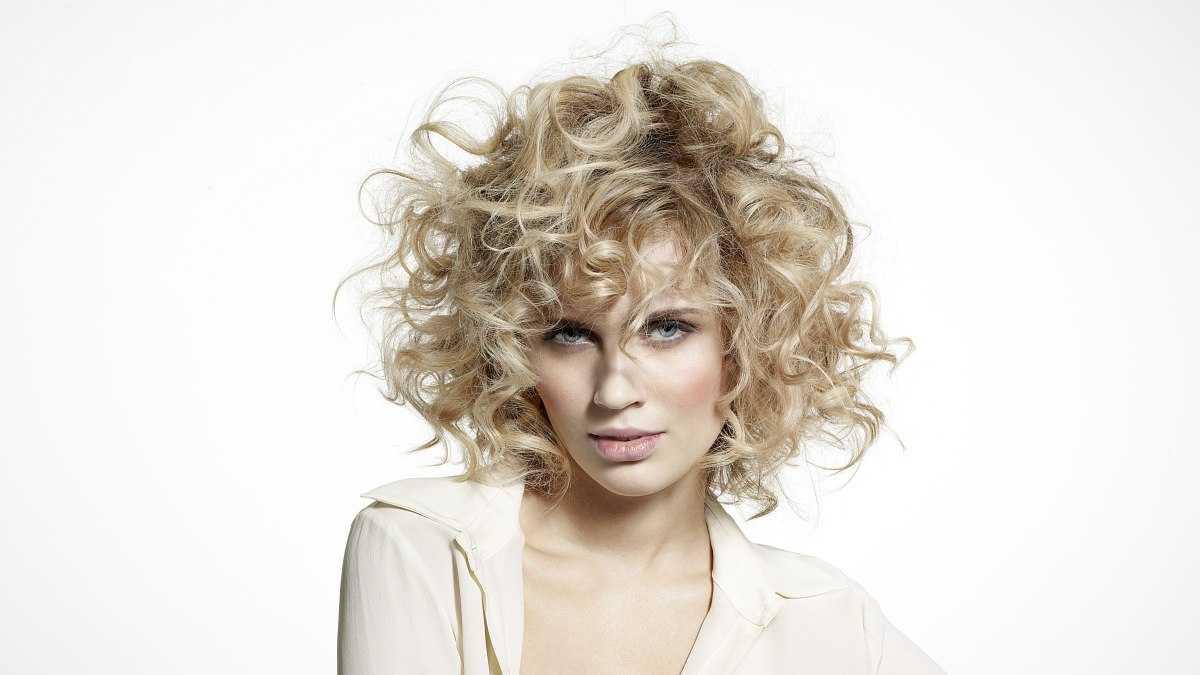 Долговременная завивка: модные идеи для волос средней длины