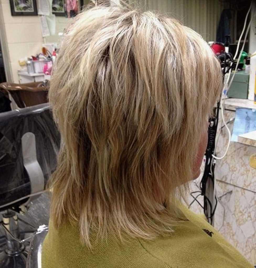 Стрижка каскад на средние волосы с челкой и без фото