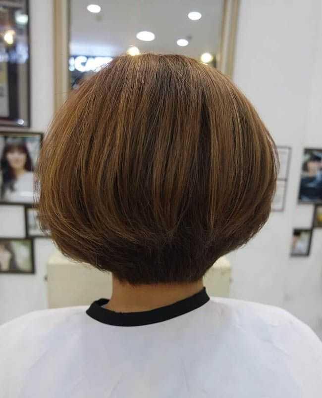 Стрижка удлиненное каре на темные, светлые, рыжие волосы – вид спереди и сзади. схема и техника стрижки с косой, прямой челкой, без челки. фото