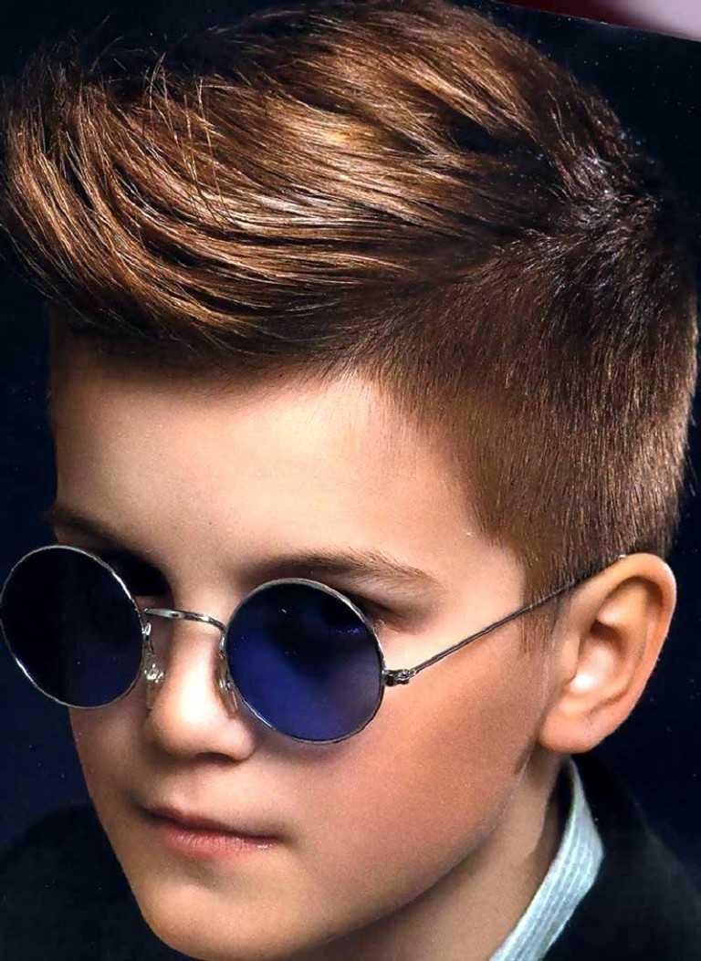 Фото модной причёски для мальчиков 10-11 лет