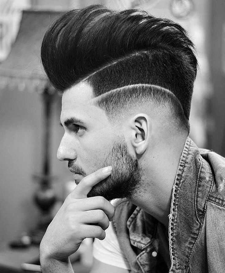Стиль в каждой детали: мужская стрижка с выбритыми висками