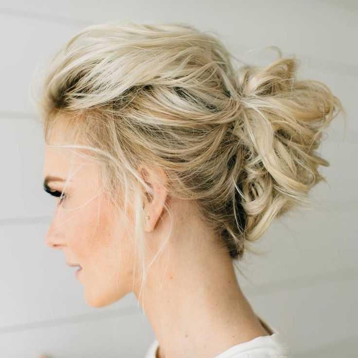 Стрижки на средние волосы без укладки: разновидности и советы по выбору