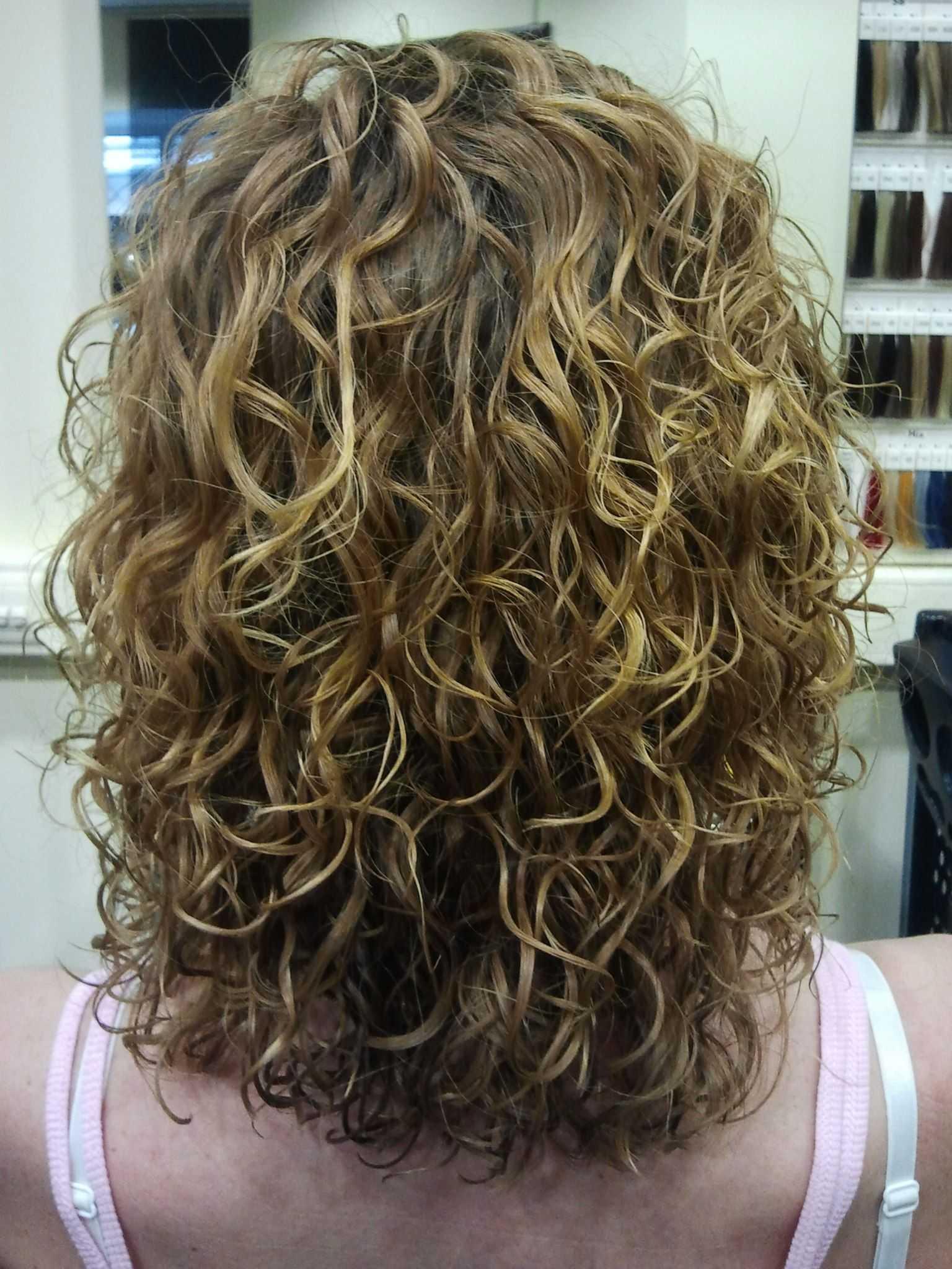 Биозавивка волос на длинные волосы